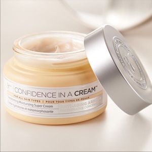 IT Cosmetics Confidence in a Cream Supercream